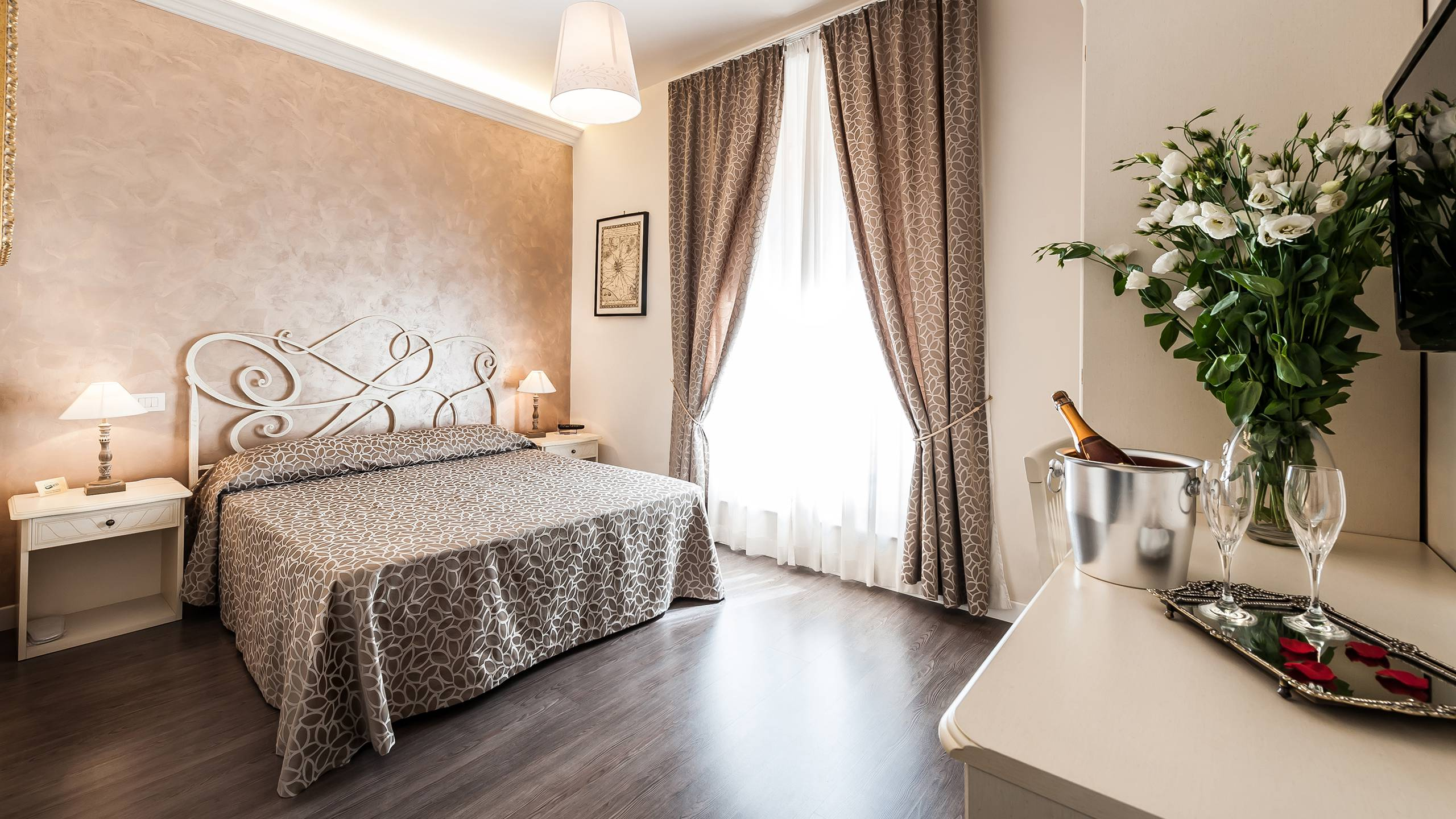 relais-de-l-opera-rome-superior-rooms-2r