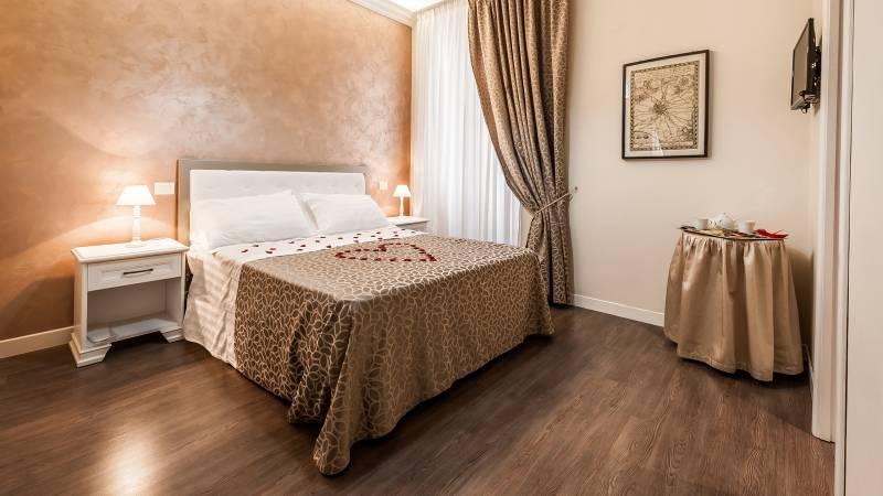 relais-de-l-opera-rome-standard-room-5