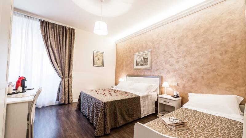 relais-de-l-opera-rome-triple-room-1